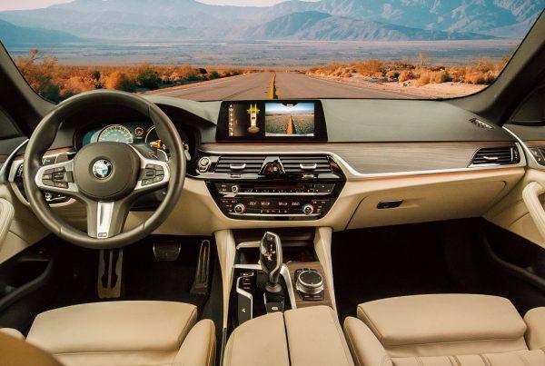 Ayuda de la tecnologia en la conduccion