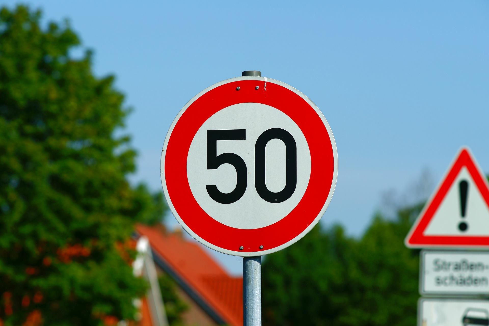 Significado señales de tráfico 50