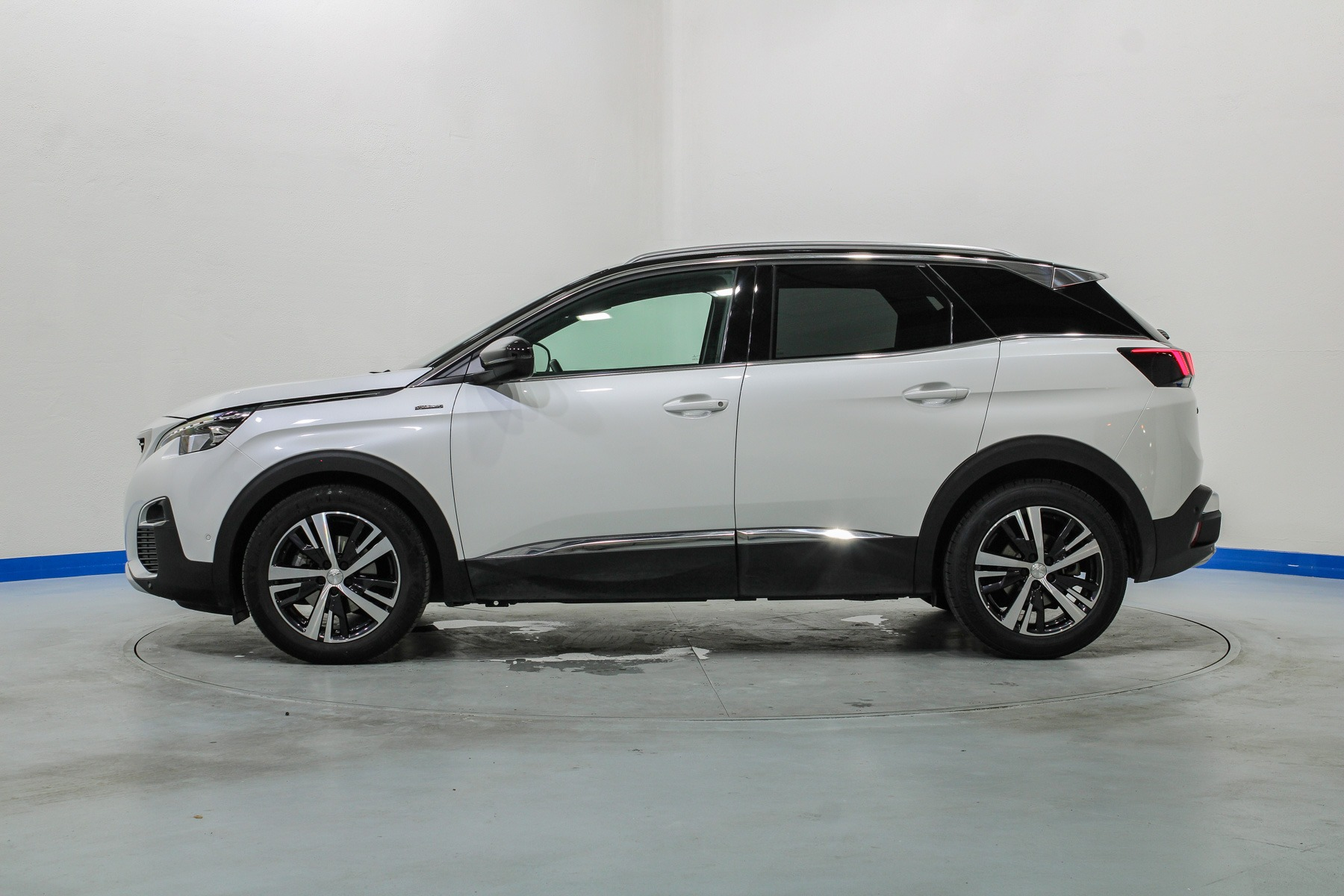 peugeot 3008 foto lateral