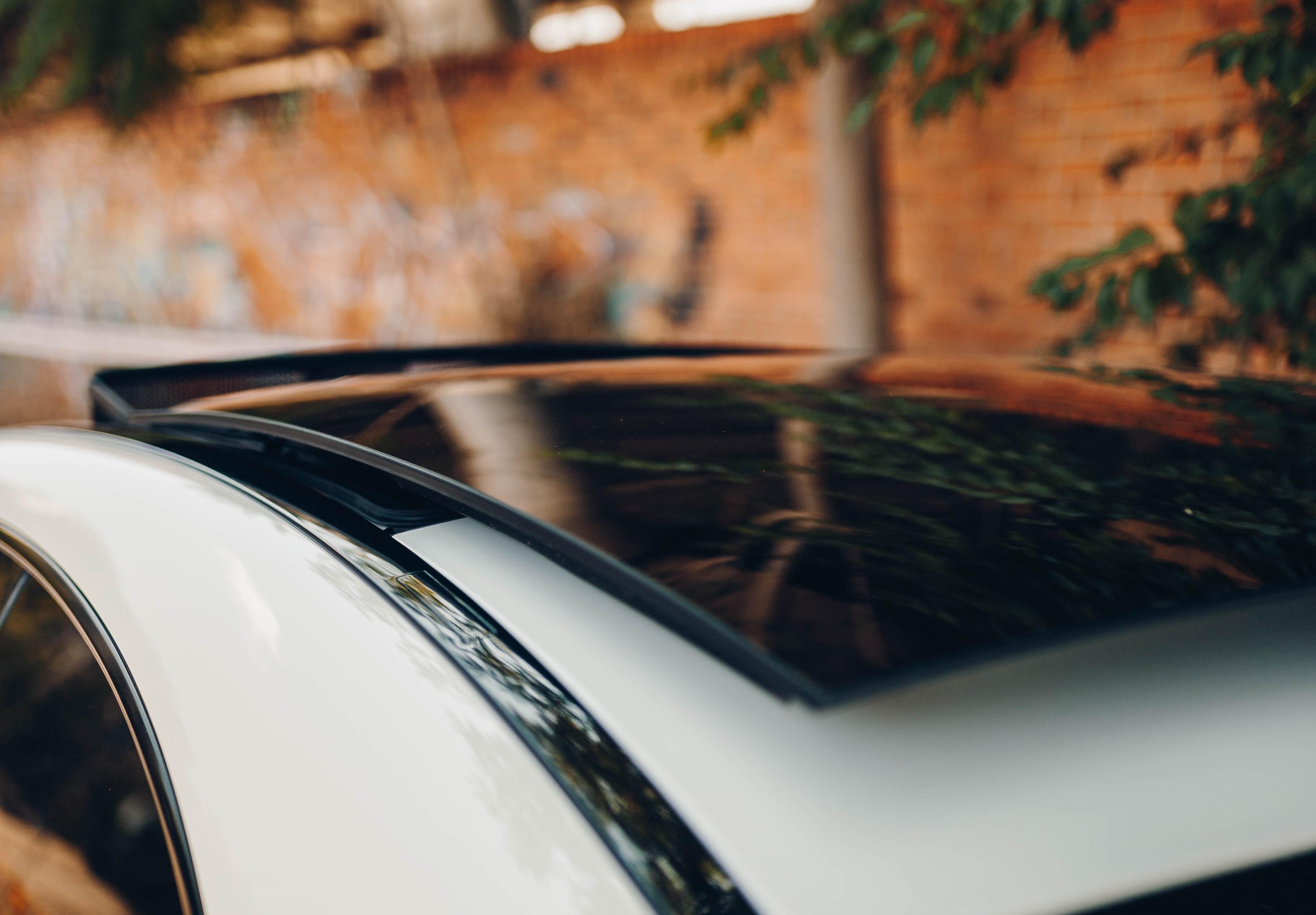 Techo solar del coche: tipos, funciones y coches que lo tienen