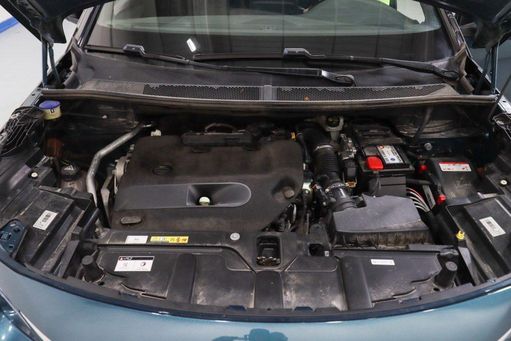 motor peugeot 5008